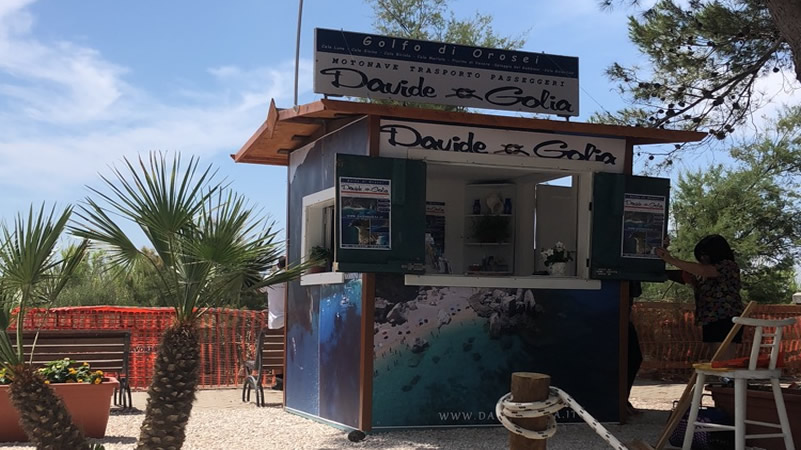 the Davide and Golia ticket office in Marina di Orosei